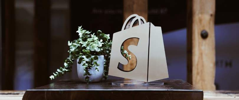 Why choose shopify for your ecommerce store